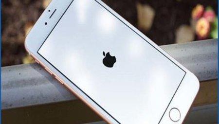 """Cách xử lý iPhone 6/6s/6s Plus bị treo """" Táo"""" nhanh chóng, đơn giản và hiệu quả"""